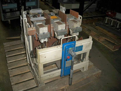 Picture of 6PLB30 General Electric Switch 3000 Amp 600 Volt