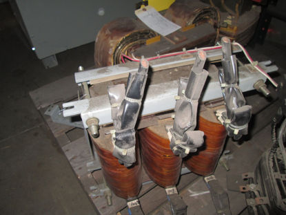 Picture of JE 10372M D 150HP 460/575V 3-Coil Auto Transformer Used
