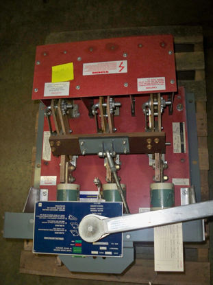 Picture of BLO32200 Sq D Bolt-Loc 2000 Amp 240 Volt Red Back Base Switch