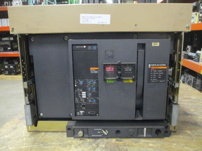 Picture of M40H1 Merlin-Gerin Masterpact Breaker 4000 Amp 600 VAC M/O D/O
