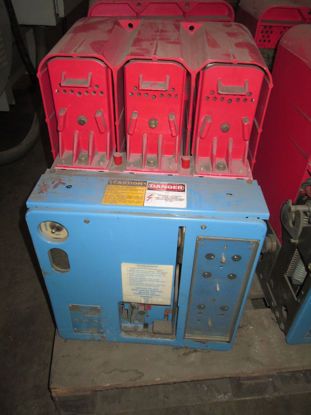Picture of LK16 BBC 1600A 600V 120VAC EO/DO Power Circuit Breaker LSI