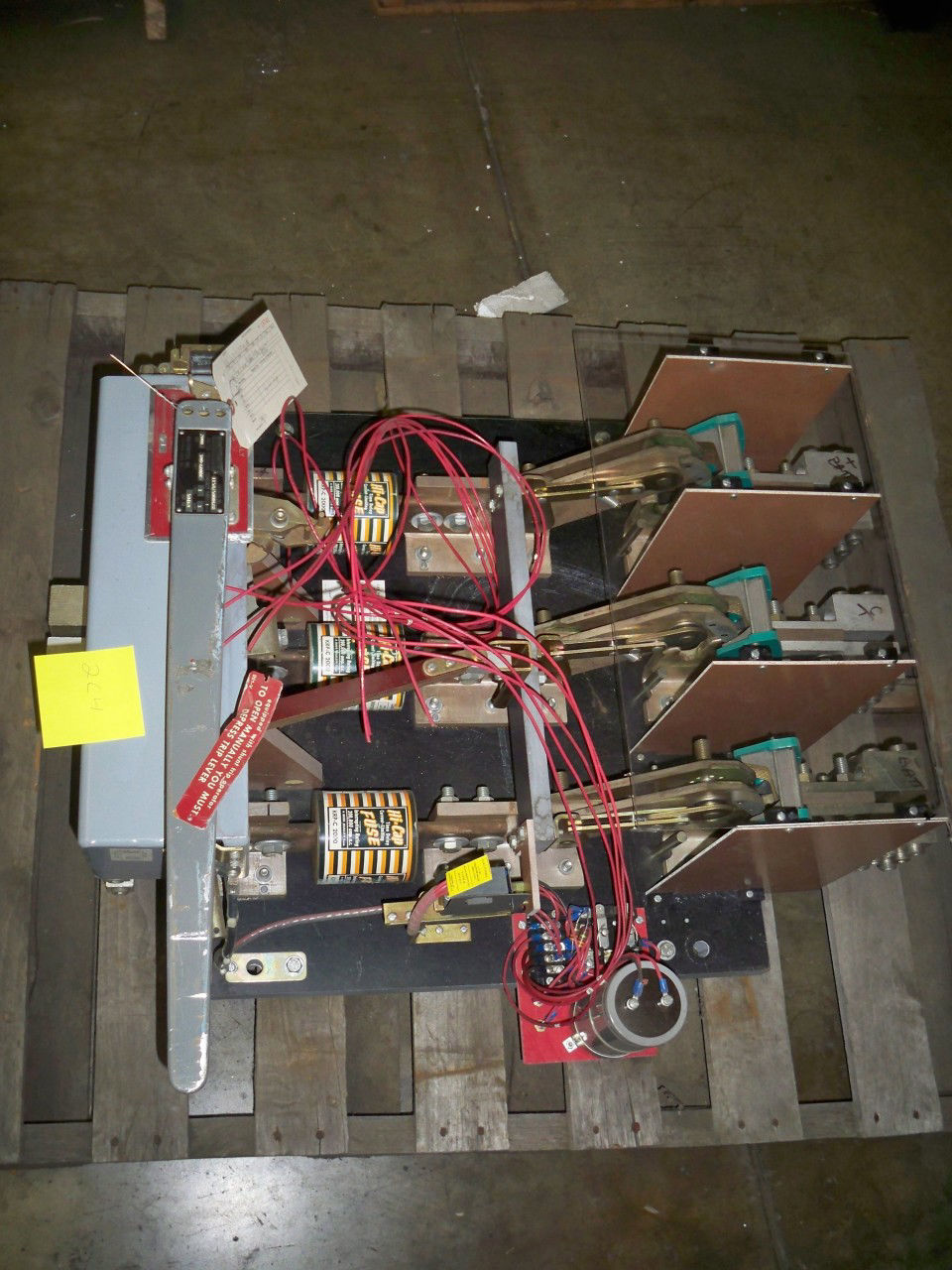 Picture of 0-1158/5000688 Boltswitch Switch 2000 Amp 300-600 Volt