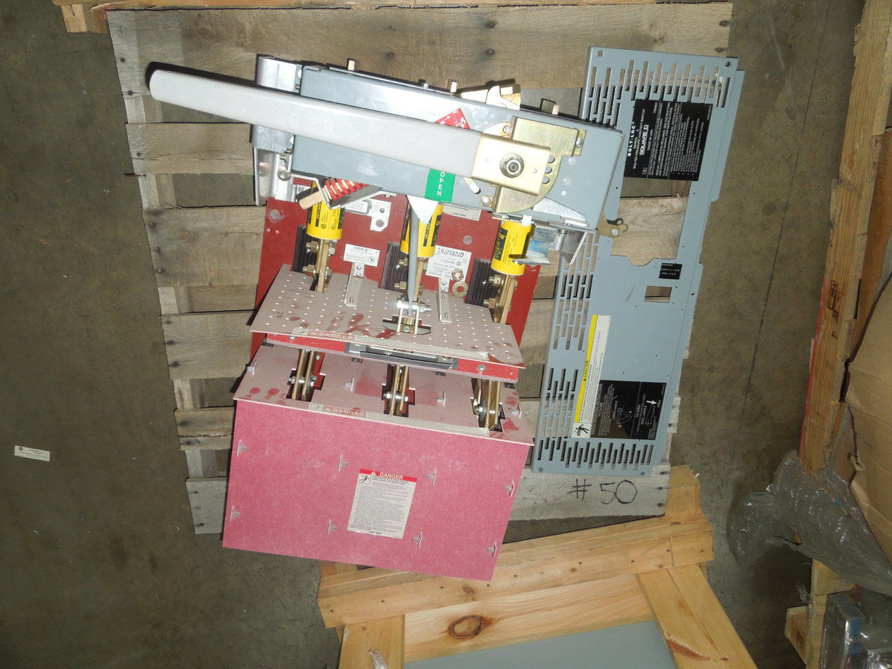 Picture of BPO3620Z Square D Switch 2000A 3ph 600V Red Back