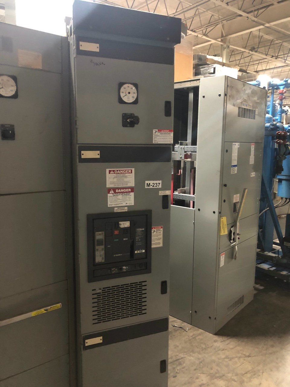 Picture of Square D NW32H1 3000 Amp 3 Phase 4 Wire Main Breaker Panel (M-237)