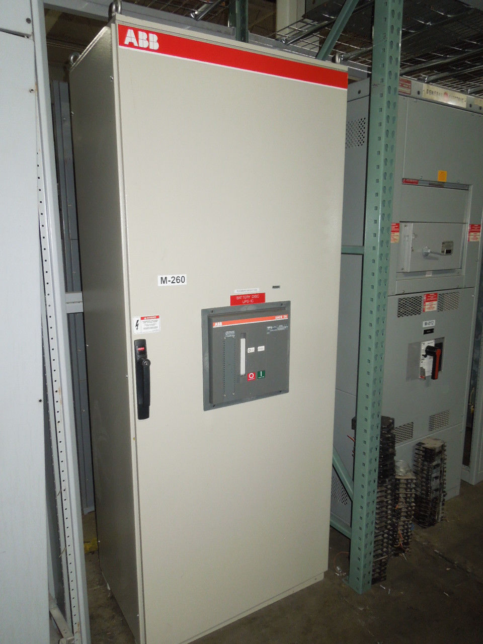 Picture of ABB 2500A 3Ph 3W S8D Stand-Alone Molded Case Switch (M-260)