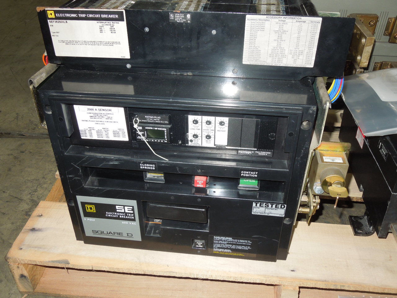 Picture of SEF362500LS Square D Breaker 2500A 3p 600VAC M/O F/M LSI Used w/ Test