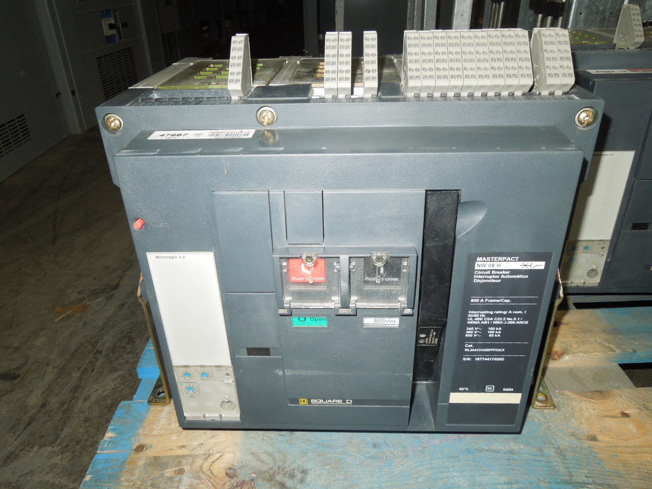 Picture of NW08H Square D Masterpact Breaker 800 Amp 600 VAC E/O F/M Tested