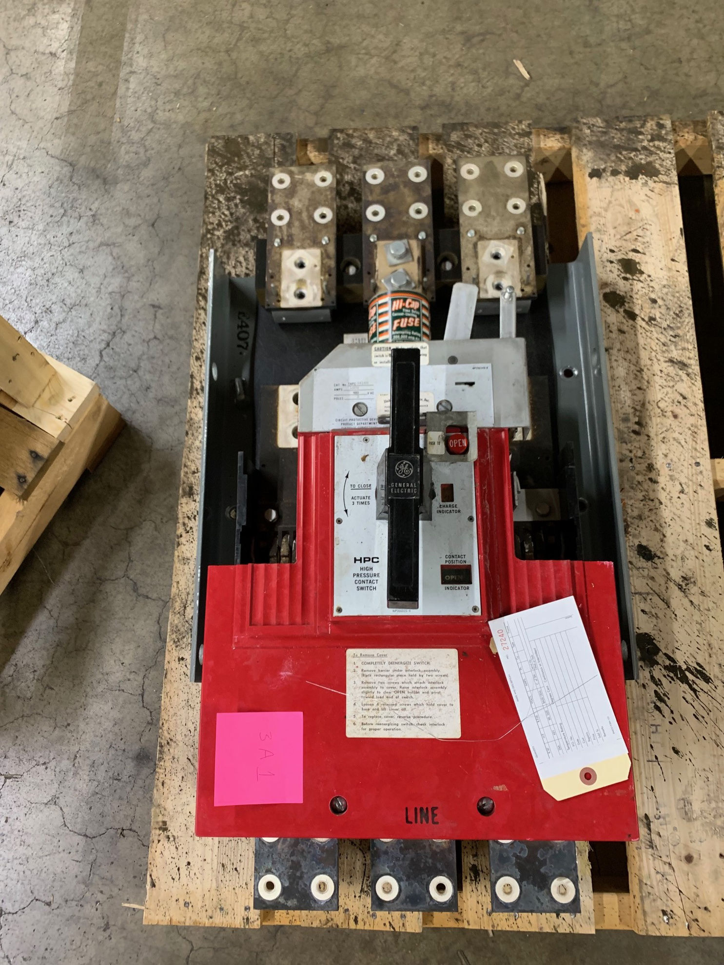 Picture of THPC3416B GE 1600A 480V 3P GE HPC Fusible Switch
