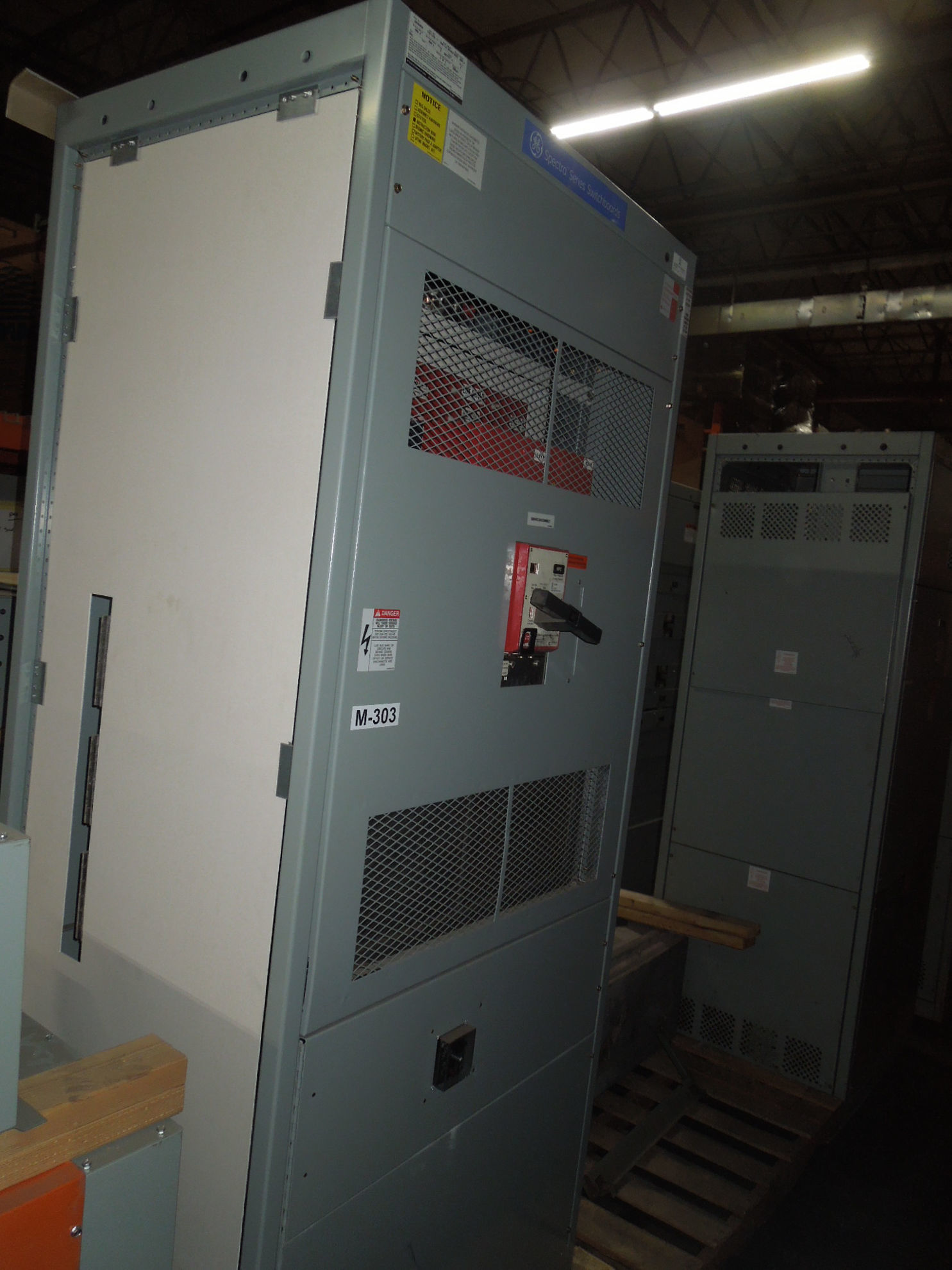 Picture of GE Switchboard 3000A 3Ph 4W 480/277V Fused HPC Stand-Alone Main THPC3630ET1 w/ Ground Fault Nema 1 Used E-OK