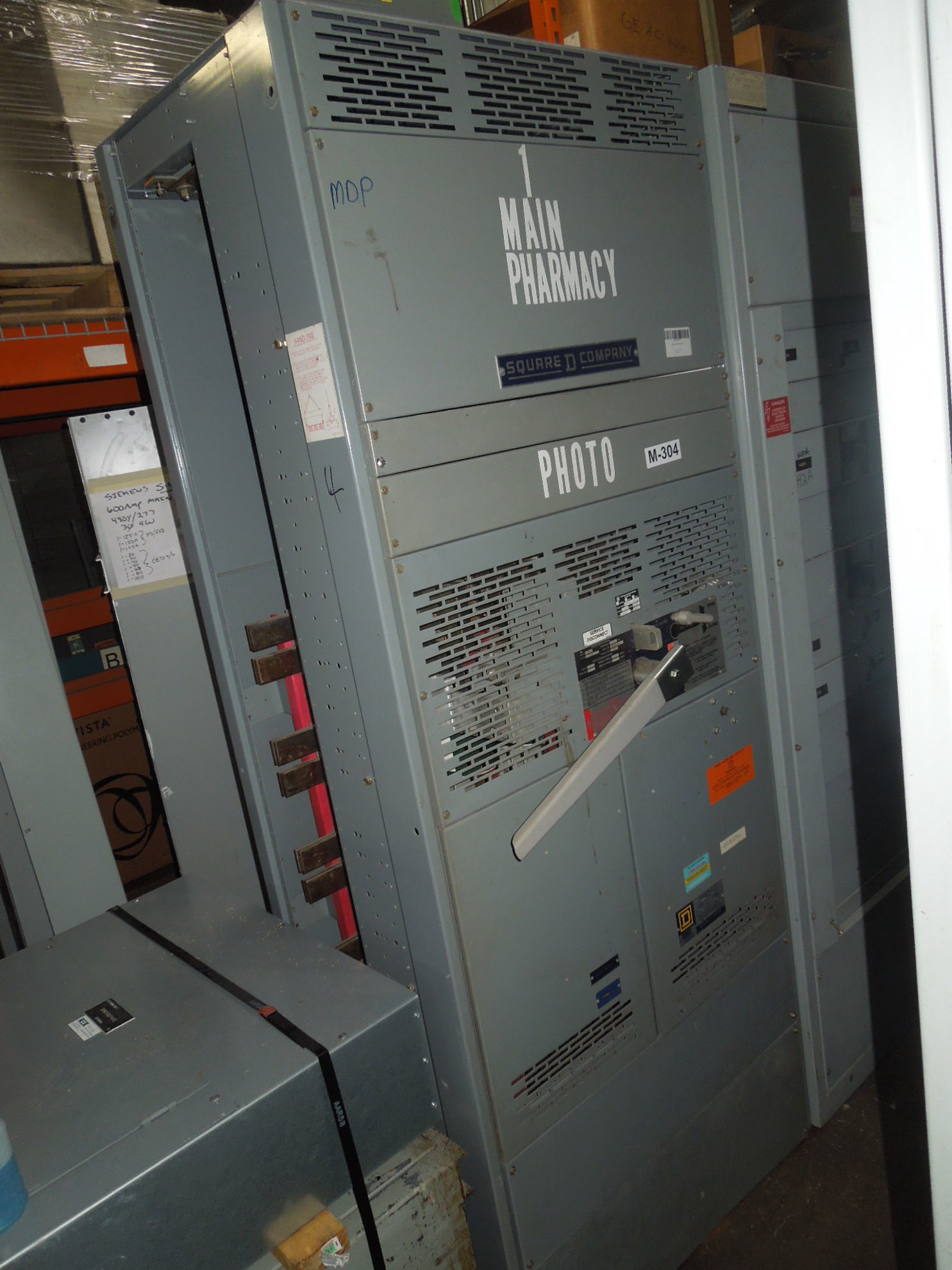 Picture of Square D QED Power Style Switchboard 2500A 3ph 208Y/120V NEMA 1 Stand Alone Fused Main Used E-OK