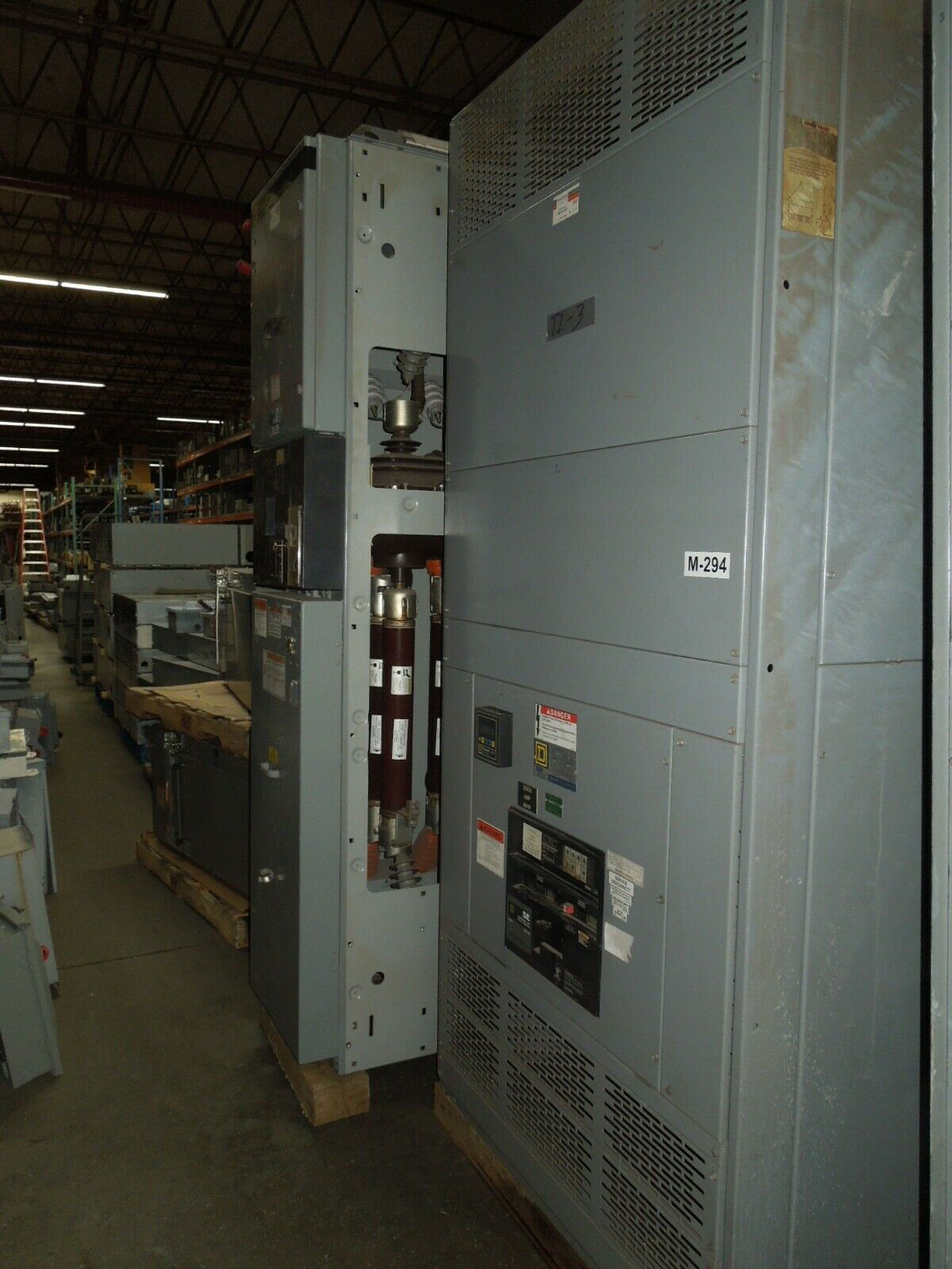Picture of Square D QED Power Style I-Line Switchboard 3000A 3ph 480Y/277V SEF Main w/ Dist. Used
