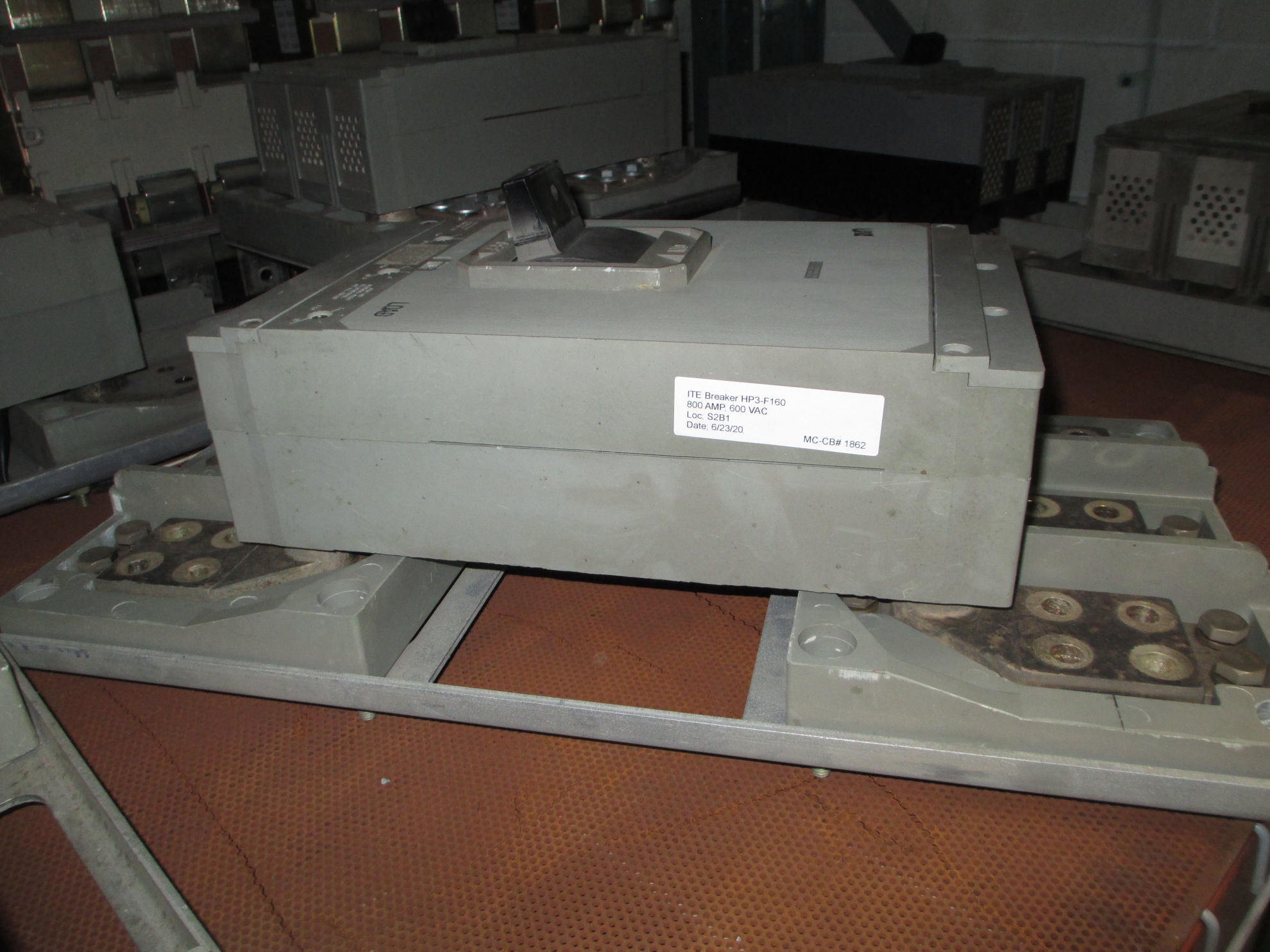 Picture of HP3-F160 ITE Breaker 800 Amp 600 VAC W/ Mounting Plate