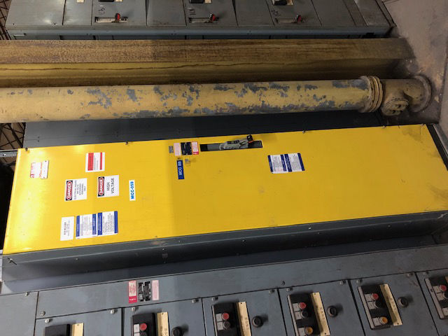 Picture of Square D Model 4 MCC 800 Amp Main Breaker 480Y/277 Volt