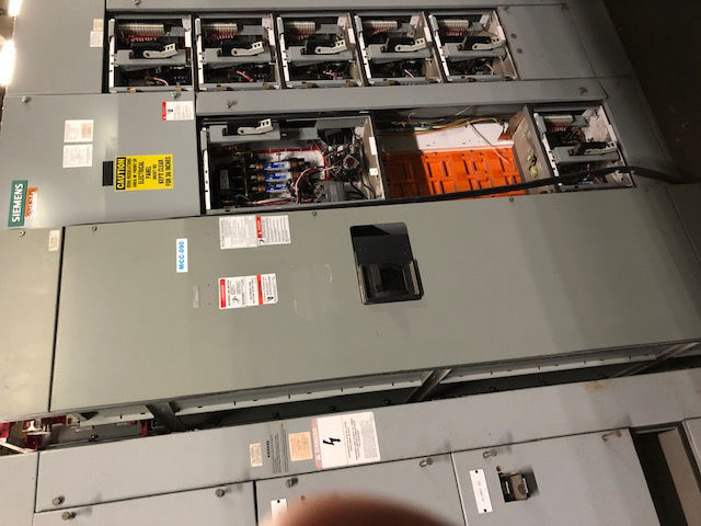 Picture of Westinghouse 5 Star MCC 1600 Amp PCF32000F Main Breaker 480Y/277 Volt