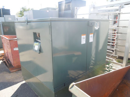 Picture of S & C PMH-9 14.4KV 600 Amp 55152R4-E3-S288 Pad Mounted Switchgear for Outdoor Distribution Used E-OK