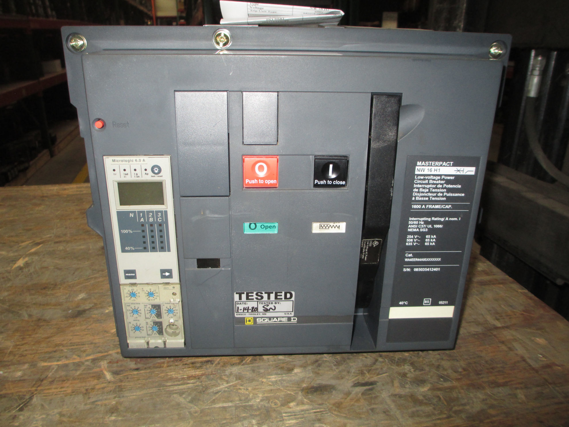 Picture of NW16H1 Square D MasterPact Breaker 1600 Amp 600 VAC LSIG MO/DO