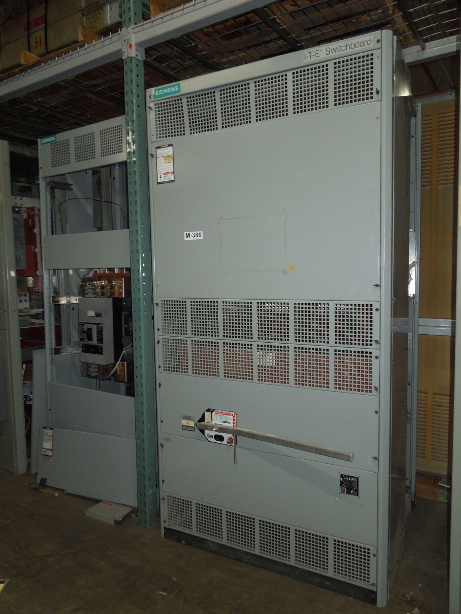 Picture of Siemens MSB Switchboard 3000 Amp QA-3033-CBC Fusible Main 480 Volt w/ Ground Fault NEMA 1 Used E-OK M-386