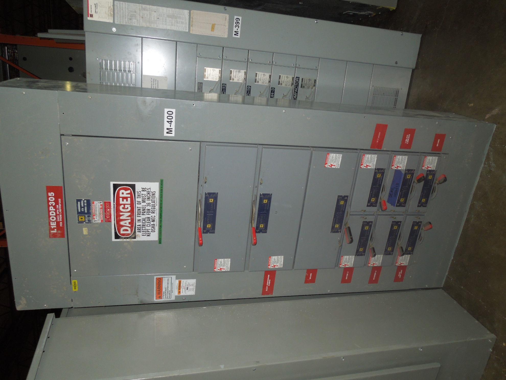 Picture of Square D QMB Panelboard MLO 400 Amp 240 Volt (3W) NEMA 1