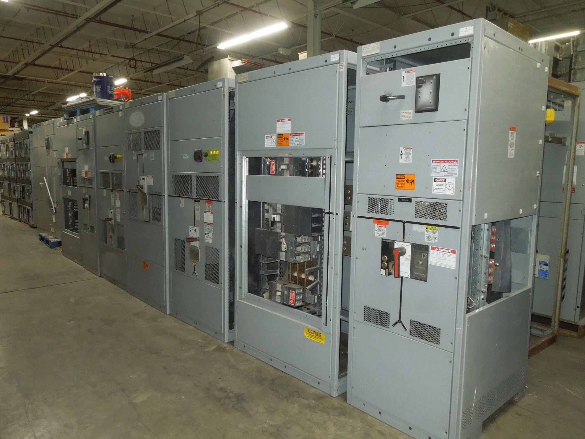 Picture of GE Spectra Series Switchboard 3000 Amp 600 Volt Power Break Main-Tie-Main LSIG NEMA 1